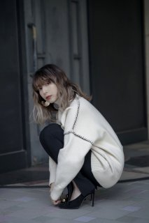 <img class='new_mark_img1' src='https://img.shop-pro.jp/img/new/icons8.gif' style='border:none;display:inline;margin:0px;padding:0px;width:auto;' />Stitch Design Turtle-neck Knit [WHITE]
