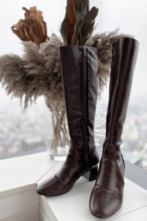 <img class='new_mark_img1' src='https://img.shop-pro.jp/img/new/icons8.gif' style='border:none;display:inline;margin:0px;padding:0px;width:auto;' />Switching Design Long Boots<br>[S/M/L]