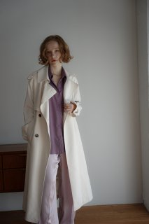 <img class='new_mark_img1' src='https://img.shop-pro.jp/img/new/icons8.gif' style='border:none;display:inline;margin:0px;padding:0px;width:auto;' />Long Trench Coat<br>[WHITE][S/M]