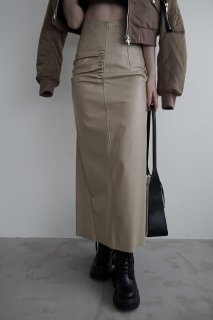 <img class='new_mark_img1' src='https://img.shop-pro.jp/img/new/icons8.gif' style='border:none;display:inline;margin:0px;padding:0px;width:auto;' />Eco Leather Slit Skirt<br>[BROWN/BEIGE]