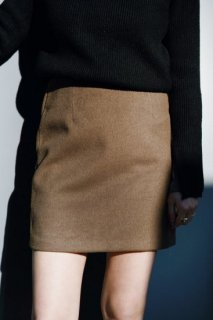 <img class='new_mark_img1' src='https://img.shop-pro.jp/img/new/icons38.gif' style='border:none;display:inline;margin:0px;padding:0px;width:auto;' />Basic Box Mini-skirt<br>[KHAKI/S][サンプル]