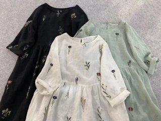 リネン100%花草総刺繍入りポケット付シンプルな長袖ワンピース♪