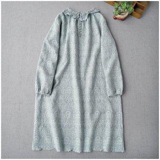 ★2021新作★総刺繍リネン100%アンティーク風フリル衿、クルミ釦付き大人可愛いワンピン♪【ミントグリーン】