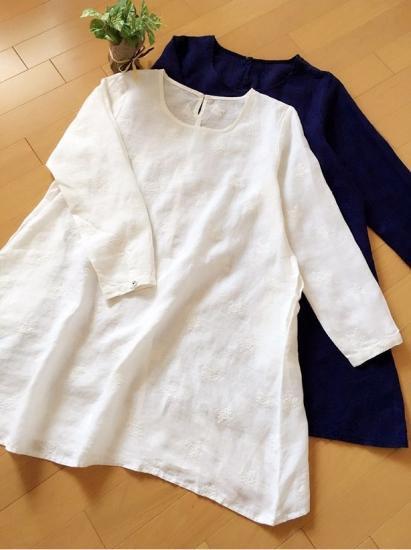 お花刺繍リネン、ポケット付Aラインシンプルな長袖チュニック♪