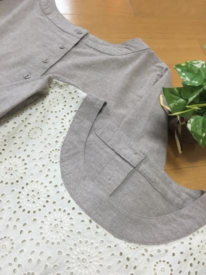 スカラップ刺繍、くるみ釦脇ポケット付大人可愛い長袖ワンピース♪