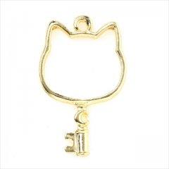 レジン空枠 ゴールド 1枚 tg11 金 猫 ネコ 鍵 キー フレーム カン付き レジン アクセサリー パーツ 枠 型枠 モールド チャーム カメオ ピアス イヤリング ネックレス ペンダント 金具