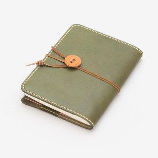 ナチュラルな質感の革を使った手縫いのブックカバー | DURAM 文庫本ブックカバー 7016(C)