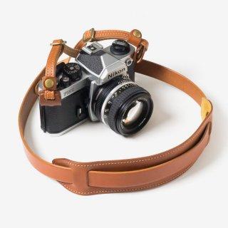 ナチュラルな革の肩当て付きカメラストラップ | DURAM カメラストラップF 13021