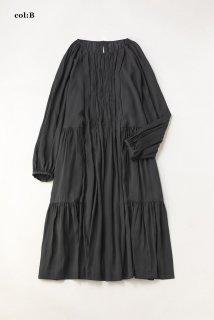 ドライサテン ティアードドレス