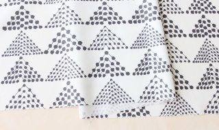 nunocoto fabric:dottriangle(グレー)