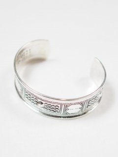 <img class='new_mark_img1' src='//img.shop-pro.jp/img/new/icons14.gif' style='border:none;display:inline;margin:0px;padding:0px;width:auto;' />[TOUAREG SILVER] BANGLE-18