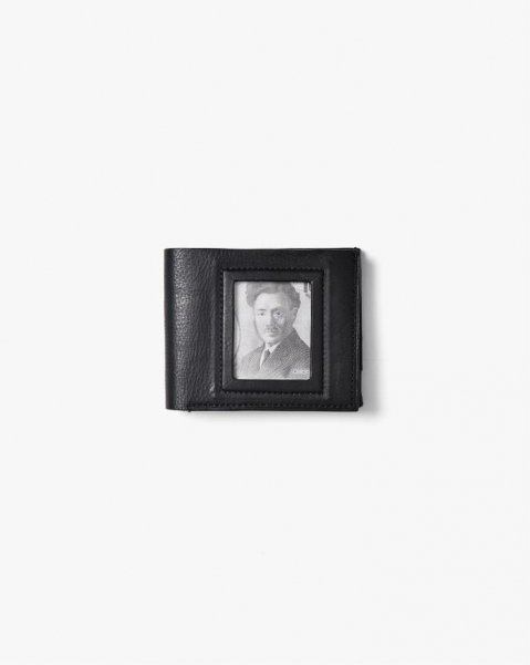 <img class='new_mark_img1' src='https://img.shop-pro.jp/img/new/icons14.gif' style='border:none;display:inline;margin:0px;padding:0px;width:auto;' />[BETA POST] PORTRAIT HRLF WALLET -BLACK-