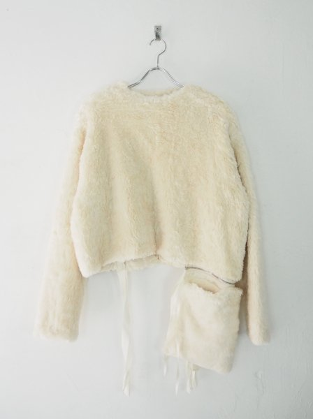 <img class='new_mark_img1' src='https://img.shop-pro.jp/img/new/icons14.gif' style='border:none;display:inline;margin:0px;padding:0px;width:auto;' />[MIDORIKAWA] BOA PULLOVER -IVORY-