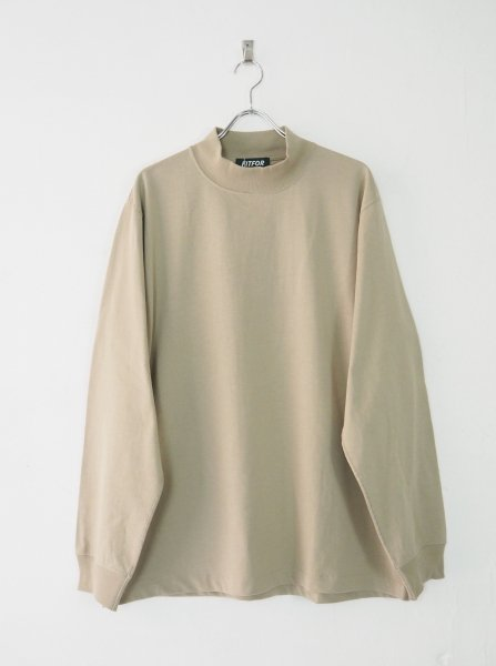 <img class='new_mark_img1' src='https://img.shop-pro.jp/img/new/icons14.gif' style='border:none;display:inline;margin:0px;padding:0px;width:auto;' />[FITFOR] MOCK NECK LONG SLEEVE TEE -BEIGE-