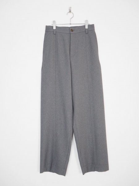 <img class='new_mark_img1' src='https://img.shop-pro.jp/img/new/icons14.gif' style='border:none;display:inline;margin:0px;padding:0px;width:auto;' />[well] FAKE CREASED SLACKS -GRAY-