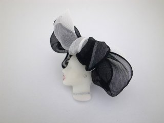 ◆LADY brooch L22