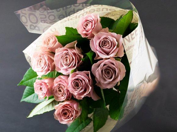 バラ の 花束