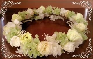 プリザーブドフラワーのバラの花冠 ランダム【白】