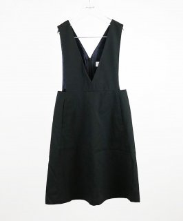 OUTLET STRETCH TWILL V NECKED DRESS<img class='new_mark_img2' src='https://img.shop-pro.jp/img/new/icons20.gif' style='border:none;display:inline;margin:0px;padding:0px;width:auto;' />
