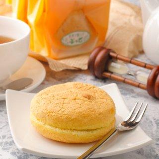しっとり、ふんわりとした生地にお茶本来の香りと程よい苦み|ぶっせ(抹茶5個入)|御菓子所 まつ月