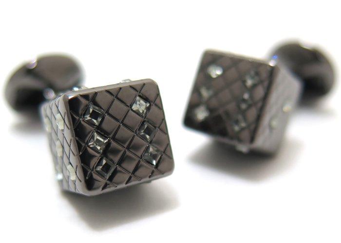 TATEOSSIAN(タテオシアン) クリスタル ダイススワロフスキーカフス(ガンメタル&ブラックダイヤモンド)(カフスボタン/カフリンクス) - ブランドの画像