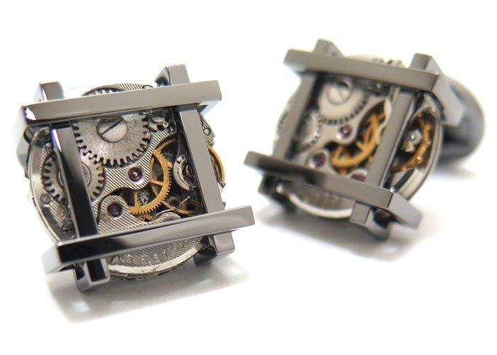 TATEOSSIAN(タテオシアン) メカニカル フレームビンテージスケルトンカフス(ガンメタル) 世界限定300セット(カフスボタン/カフリンクス) - ブランドの画像