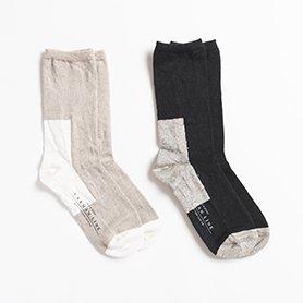 GEMINI 配色の靴下 リネン / ブラック×ロウ