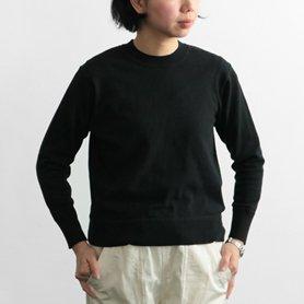「CLASKA(クラスカ)」発のアパレルブランド「HAU(ハウ)」の服