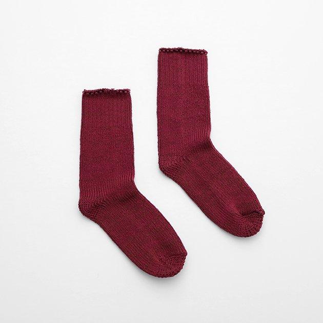 「CLASKA(クラスカ)」発のアパレルブランド「HAU(ハウ)」の靴下