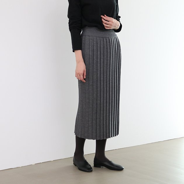 CLASKA(クラスカ)のエクストラファインウールプリーツスカート