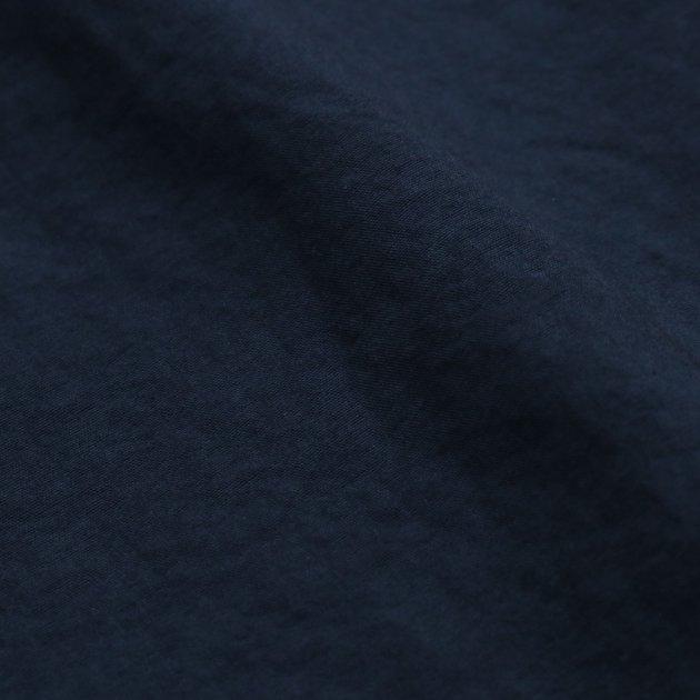 「CLASKA(クラスカ)」発のアパレルブランド「HAU(ハウ)」のコート