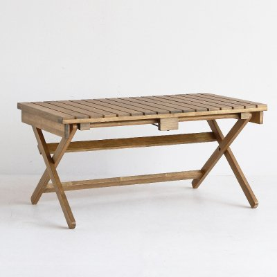 LUFT Folding Table
