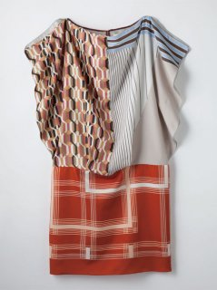 <img class='new_mark_img1' src='https://img.shop-pro.jp/img/new/icons8.gif' style='border:none;display:inline;margin:0px;padding:0px;width:auto;' />REMAKE mania LINE<br/>Used Scarf Blocking Onepiece dress <br/>/Mix