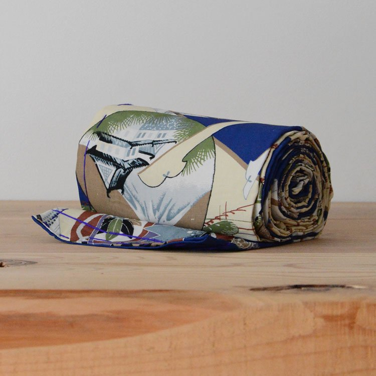 <img class='new_mark_img1' src='https://img.shop-pro.jp/img/new/icons8.gif' style='border:none;display:inline;margin:0px;padding:0px;width:auto;' />帯 兜 子供 着物 生地 ジャパンヴィンテージ ファブリック テキスタイル 昭和 | Obi Belt Japanese Vintage Kimono Fabric