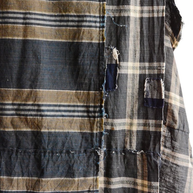 古布 藍染 クレイジーパターン つぎはぎ 襤褸 ジャパンヴィンテージ 布団皮 | Japanese Fabric Vintage Boro Crazy Pattern Patchwork Repair