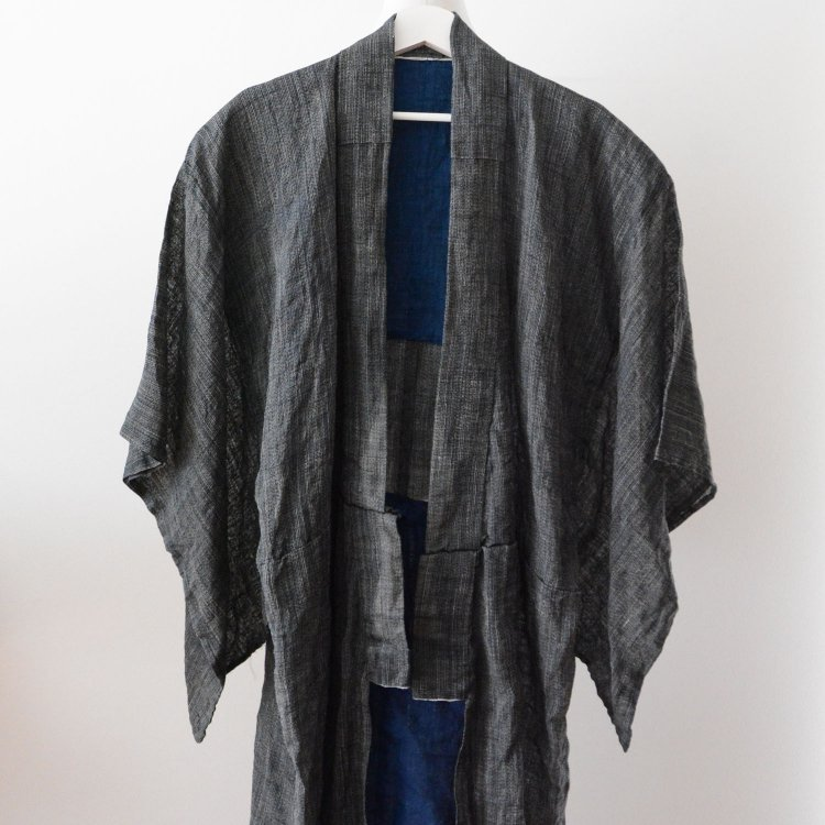 <img class='new_mark_img1' src='https://img.shop-pro.jp/img/new/icons8.gif' style='border:none;display:inline;margin:0px;padding:0px;width:auto;' />麻 着物 男 藍染 ジャパンヴィンテージ 大正 昭和 長着   Hemp Kimono Indigo Yarn Japan Vintage Robe 20〜30s