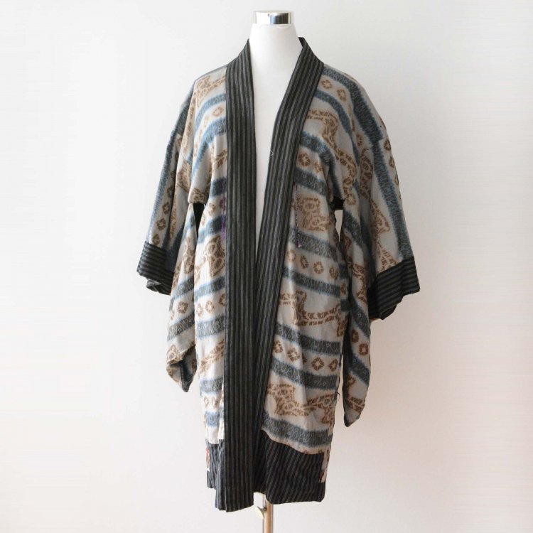 <img class='new_mark_img1' src='https://img.shop-pro.jp/img/new/icons8.gif' style='border:none;display:inline;margin:0px;padding:0px;width:auto;' />羽織 着物 裏勝り 縞模様 ジャパンヴィンテージ 30〜40年代 | Haori Jacket Kimono Japanese Vintage Uramasari 30s 40s