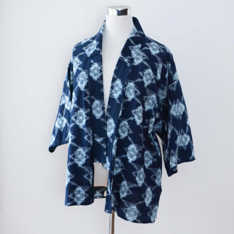 <img class='new_mark_img1' src='https://img.shop-pro.jp/img/new/icons8.gif' style='border:none;display:inline;margin:0px;padding:0px;width:auto;' />野良着 藍染 絣 着物 木綿 ジャパンヴィンテージ 古着 昭和初期〜中期頃 | Noragi Jacket Kasuri Indigo Kimono Cotton Japan Vintage