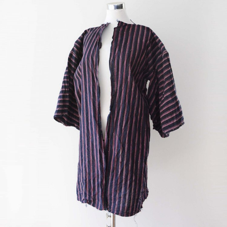 <img class='new_mark_img1' src='https://img.shop-pro.jp/img/new/icons8.gif' style='border:none;display:inline;margin:0px;padding:0px;width:auto;' />着物 藍染 木綿 ジャパンヴィンテージ ほどき 昭和初期〜中期 | Indigo Kimono Japanese Vintage Cotton Stripe Unravel