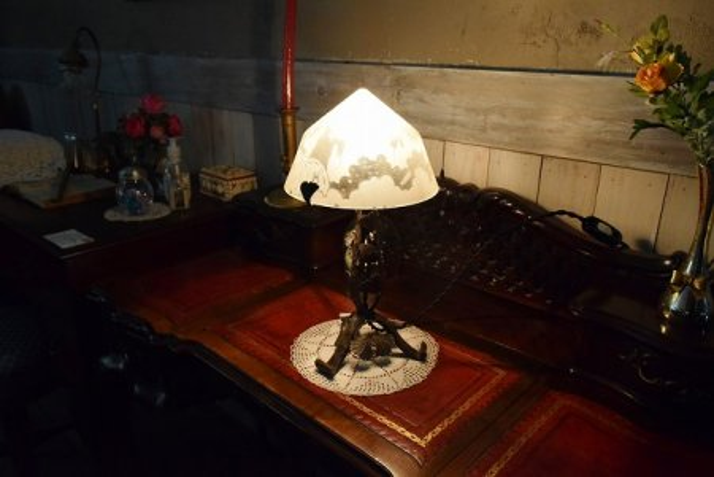 sl74 テーブルランプの画像