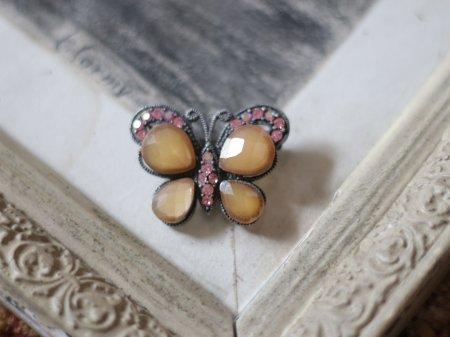 アンティーク蝶のブローチの画像