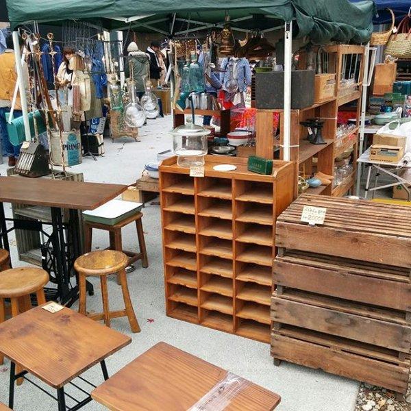 古道具と家具の店ハイカラ堂の画像