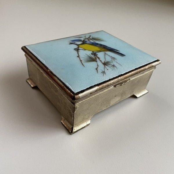 小鳥のジュエリーボックスの画像