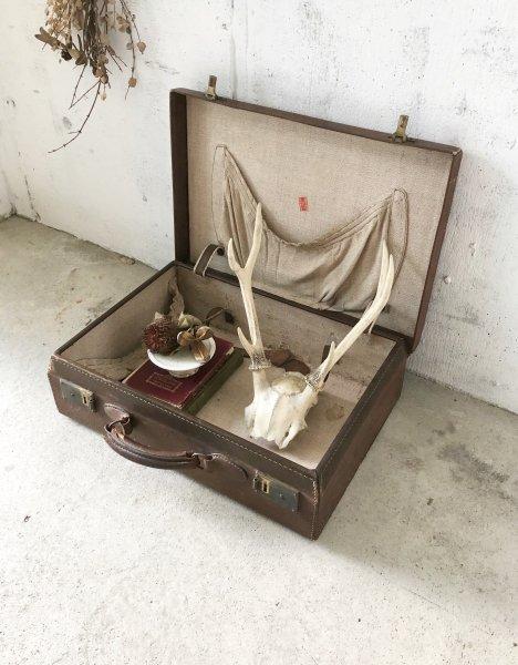 味のあるレザートランク[古道具]の画像