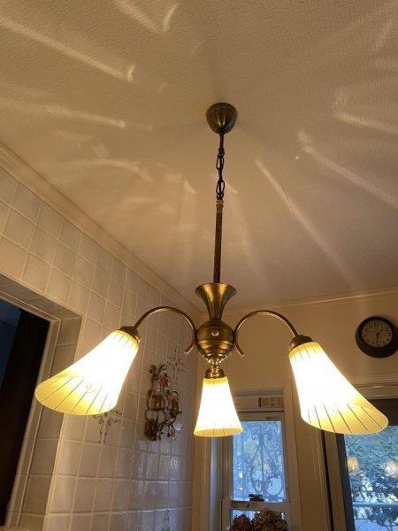 イギリスヴィンテージ3灯シャンデリアの画像