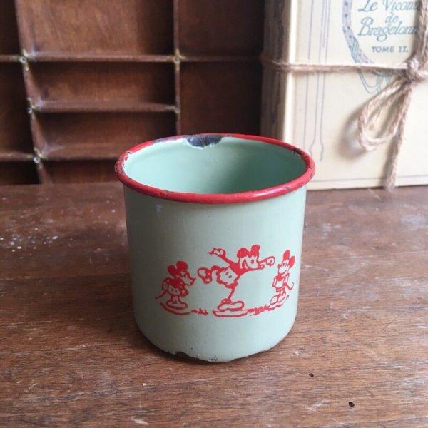 ホーロー ミッキーマウスのカップの画像