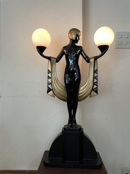 アールデコスタイル照明の画像