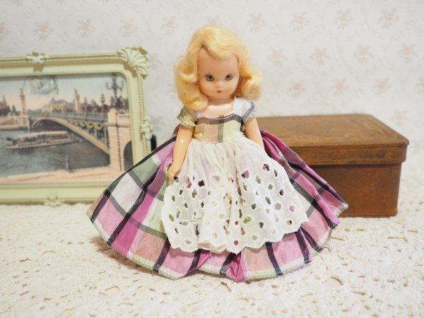 ナンシー・アン 「ストーリーブックドール」プラスティック パープルチェックの画像