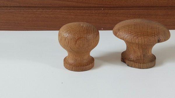 木製のドアノブの画像