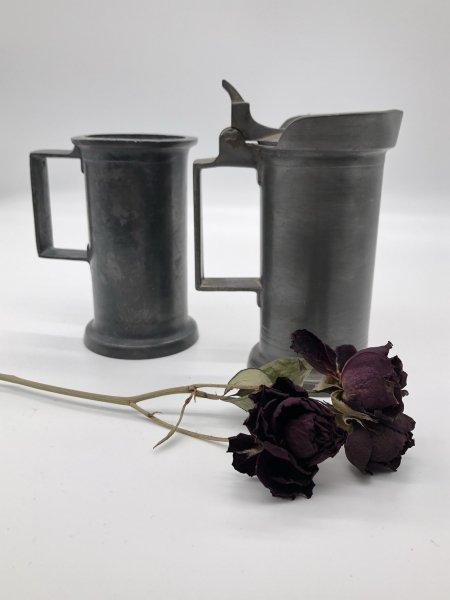 ピューター(pewter)蓋付きカップの画像